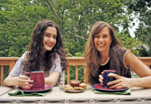 Rachel and Leah Packer's YouTube Channel teaches basic culinary skills to college students