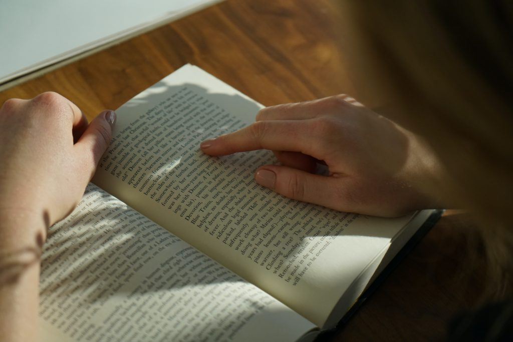 How to Jump-Start Your New Year's Reading Resolution