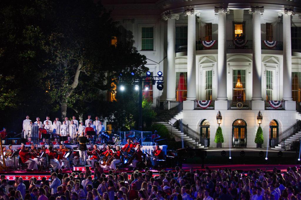 Col. Fettig leads the U.S. Marine Band at the White House